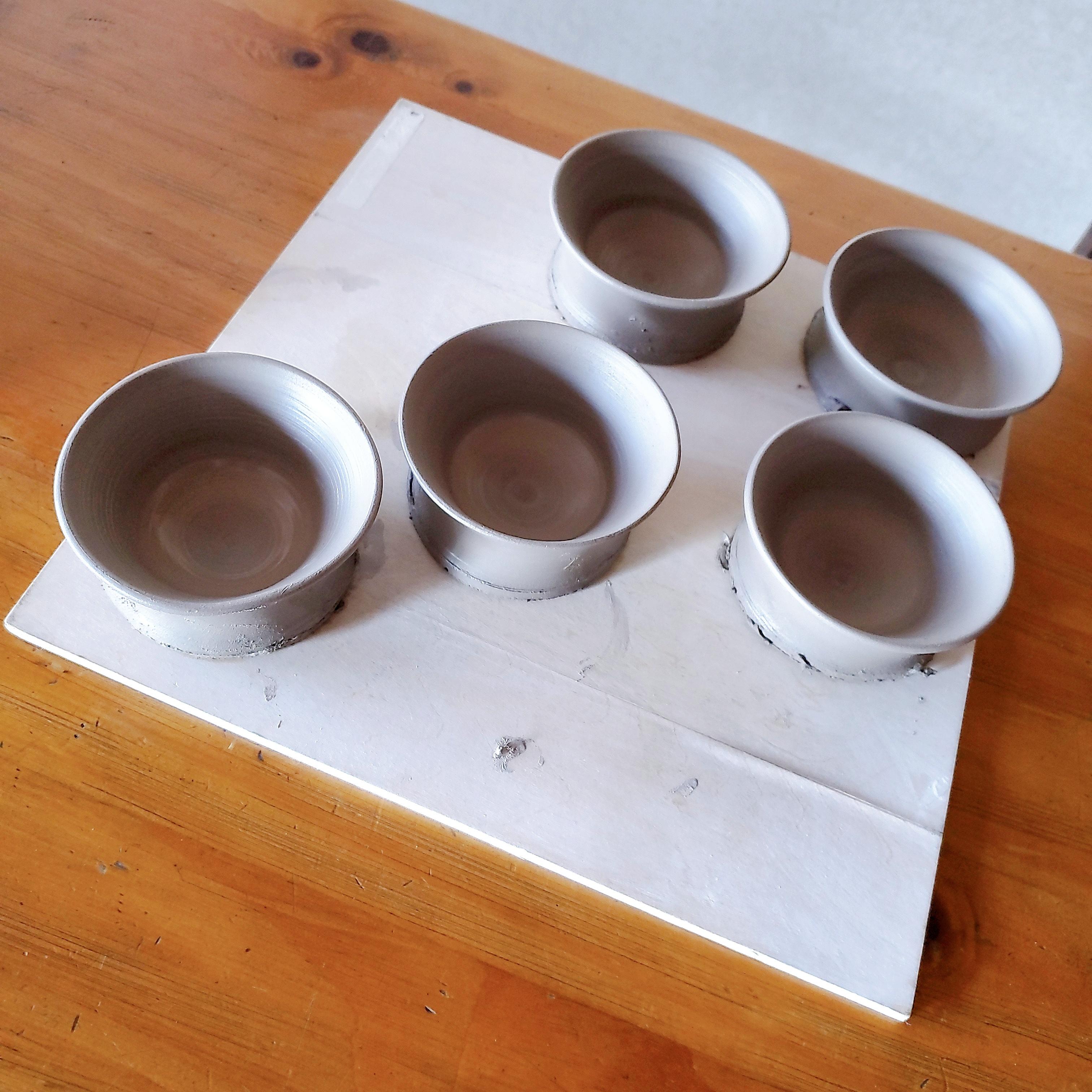 小茶碗五つ